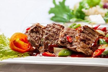 Rindfleich Steak au einem Teller